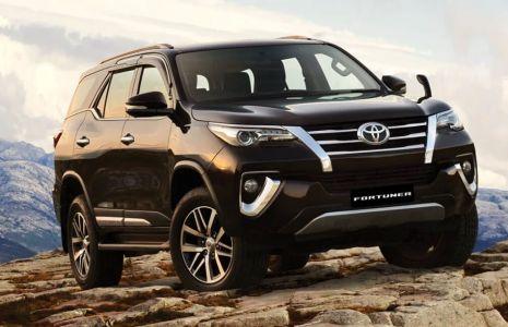 Hire Toyota Fortuner in Mumbai